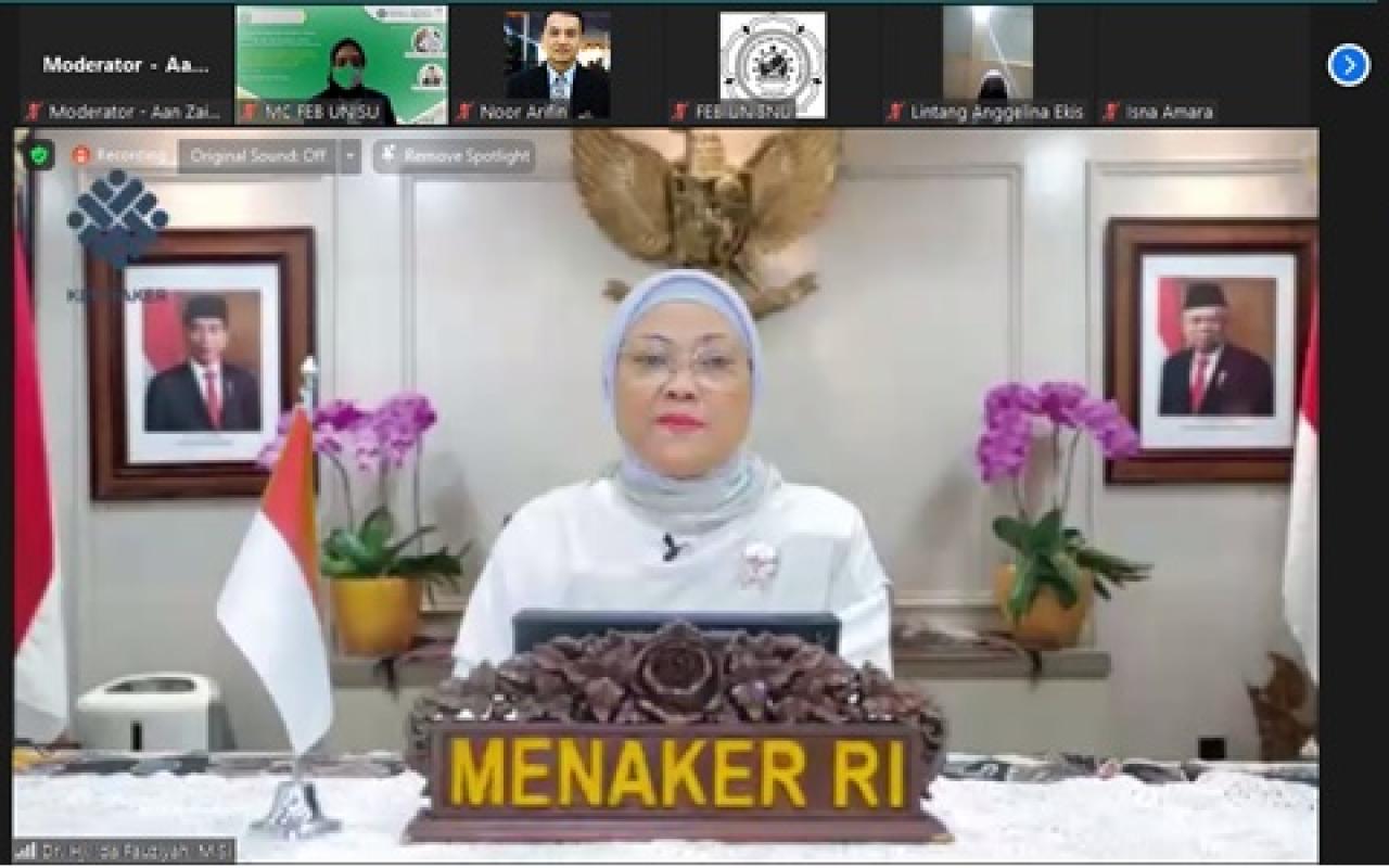 Kuliah Perdana FEB Unisnu Jepara tahun 2021 bersama Menteri Ketenagakerjaan Dr. Hj. Ida Fauziyah
