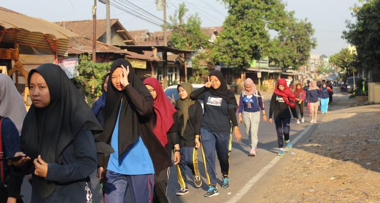 Jalan Sehat bersama mahasiswa FEB